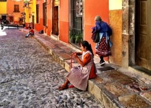 San-Miguel-street_resized-800x572